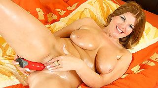 horny big breast chubby MIlf