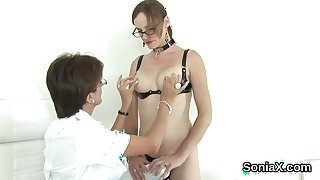Cheating english milf lady sonia presents her huge boobies