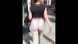Supreme jiggly butt (mod)