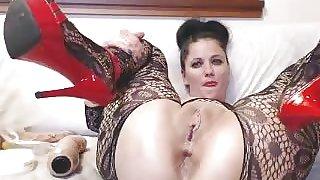 Vivianne Double Self Fist