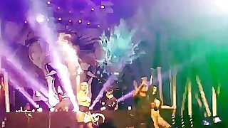RTC concert 2017 gogo girls nude on stage