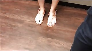 spy video of vietnamese feet in elevator