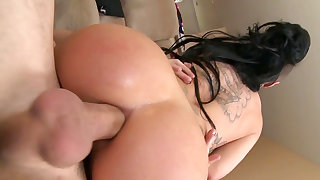 Supreme anal sex on the couch with superb Christy Mack