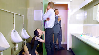 Hot lad gets working with the boss's daughter in the toilet