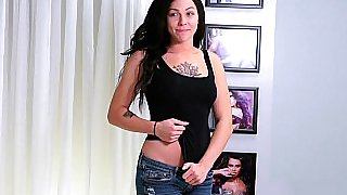 Hardcore auditions with a tattooed brunette